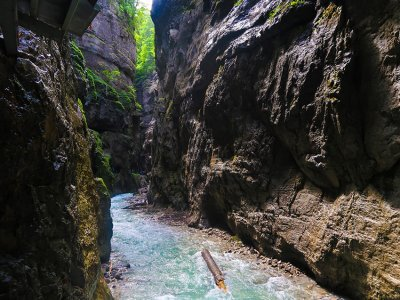 Travel to Partnachklamm with travel blogger The Globetrotting Detective