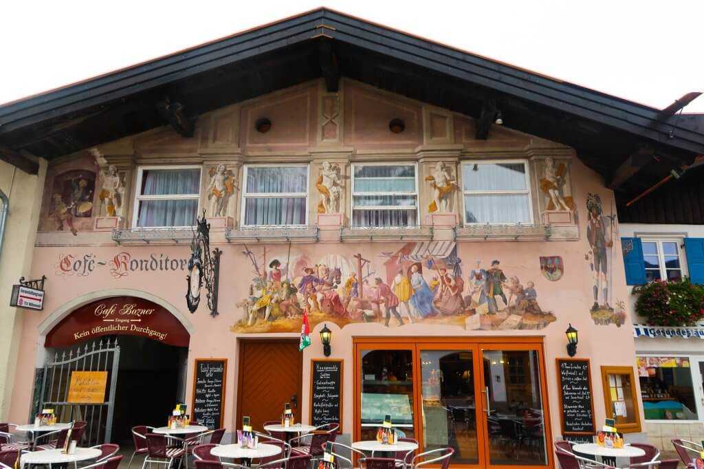 Travel to Mittenwald with travel blogger The Globetrotting Detective